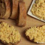 Pasta z żółtego sera