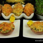 Faszerowane jajka zapiekane w skorupkach