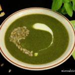 Szpinakowa zupa krem z zielonym groszkiem
