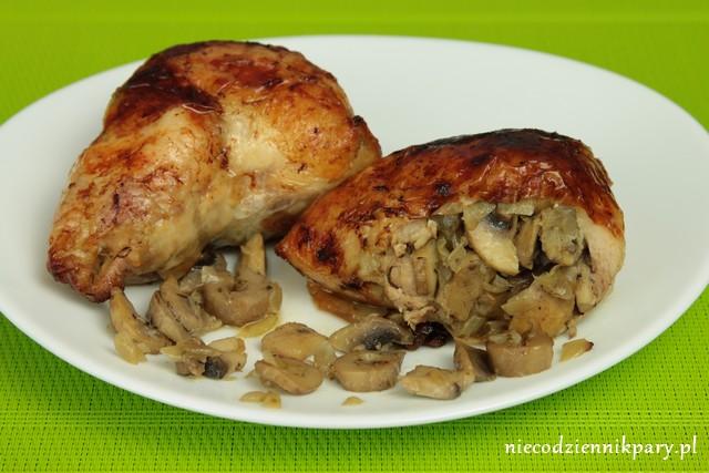 ćwiartki kurczaka faszerowane pieczarkami