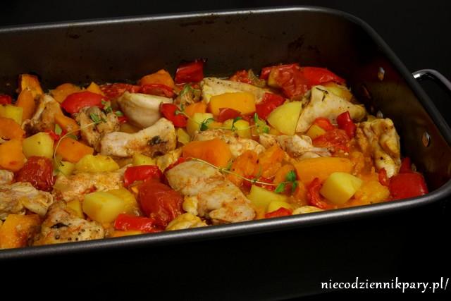 królik pieczony z dynią i warzywami