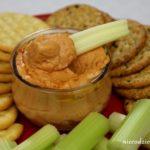 Hummus z czerwoną papryką