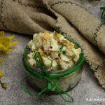 Sałatka jajeczna z marynowanymi grzybami