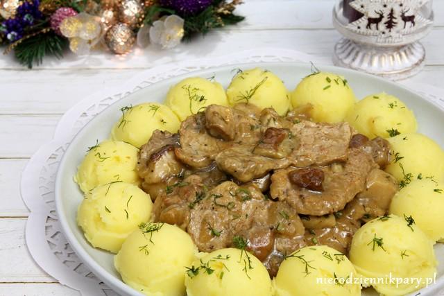 Polędwiczki wieprzowe w sosie z borowików